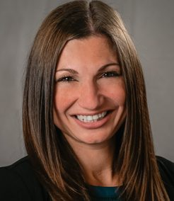 Julia Paretti